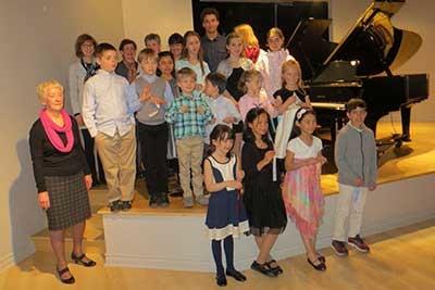 Concerts de graduation de piano et d'ensembles Suzuki – le 26 avril 2015